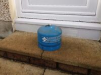 CAMPING GAZ (Campingaz) 904 Cylinder Bottle only 1.8kg Butane Gas £10.00 (saves you £25 deposit)
