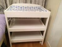 Easy coast jungle baby changing table
