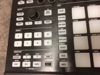 Native Instuments Maschine MK2 - Boxed With Lead
