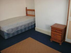2 double furnished rooms £70pw inc utilty bills drewry lane 5mins town