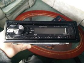 Selling nearly new car radio Kenwood KDC-BT34U