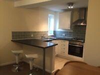 2 bed flat to rent in Canton