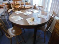 EXTENDING ROUND DINING TABLE AND 4 CHAIRS