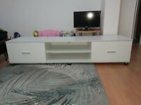 White TV Cabinet - In very good condition