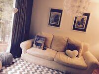 Archibalds Sofa