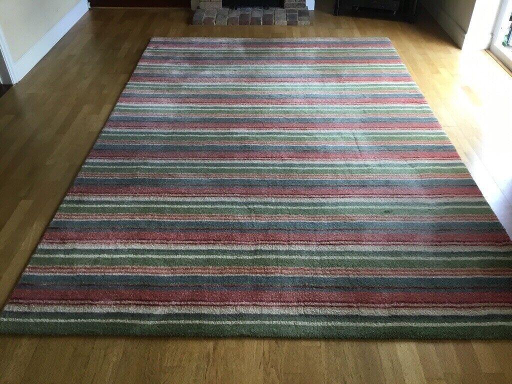 Wool Silk Rug 2m X 3m In Harpenden