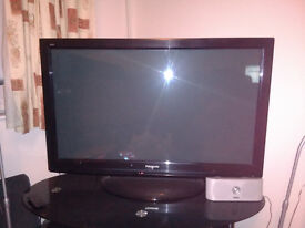 "42"" Plasma Tv Panasonic full 108p HD Viera link takes sd cards full working order no faults"