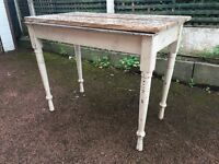 Old Vintage / Antique Dining Table - Small Dining Table - As it is or project ?
