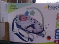 HAUK LEISURE E MOTION BABY ROCKER