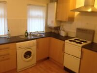 Larger than average one bed flat close to West Derby Rd - available now