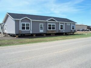 Super spacious new modular home full of options! The Craftsman