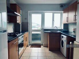 3 bedroom house in Watkin Street, Swansea, SA1 (3 bed) (#1193778)