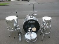 Part Sonor Drum Kit