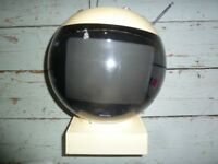 JVC RETRO SPACE HELMET VIDEOSPHERE TV
