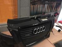 AUDI A3 8P black edition facelift bumper damaged with Full grill