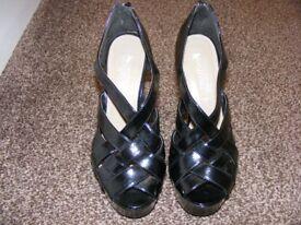 Size 4 High Heel Platform Shoes (Not Been Worn)
