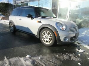 2011 Mini Clubman CLUBMAN AUTO WITH ONLY 65K