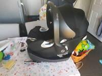 Cybex Aton Q car seat and base