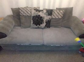 3&2 gray fabric sofa quick sale £100 lots of life left photos don't do justice