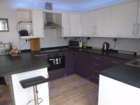 Rooms to rent in Helston. Working or student only. Walking distance to Town and near Culdrose.