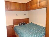 Luxury furnished 1 bedroom main door garden flat