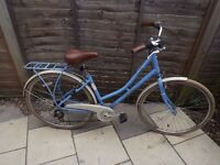 Pendleton Somerby Hybrid bike - Blue