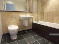 1 bedroom flat in The Quays, Salford, M50 (1 bed)