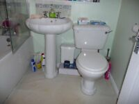 Complete White Bathroom suite for 50p!! No catch!