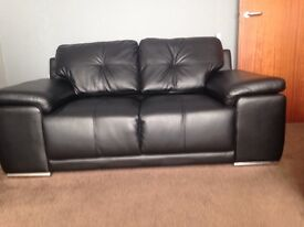 3 seater and a 2 seaterLeather suite