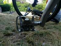 Cyclist special metalic pedal