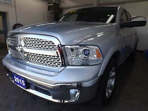2015 Ram 1500 LARAMIE 4X4 CREW CAB 5.7L Kitchener / Waterloo Kitchener Area image 9
