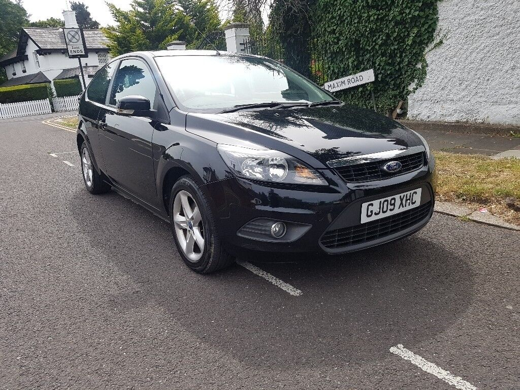 FORD FOCUS 1.6 ZETEC 2009 MANUAL S/HISTORY 2 OWNERS LOVELY CONDITION  THROUGHOUT