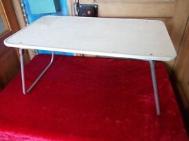 Bed service tray with folding legs ideal for picnics and camping