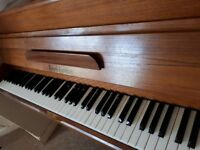 PIANO for sale great condition