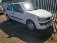 Clio 2003 1.2 white 3 door years mot