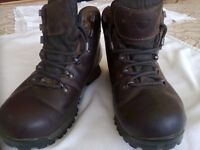 Ladies Leather BRASHER Walking Boots. Size 5 1/2