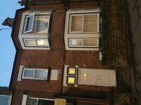 5 bed large family home Ng7