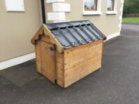 Dog Kennel - Effectively Unused - Mint Condition