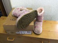 UGG boots (genuine)