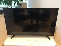 Smart Tv hisence 110cm by 64cm