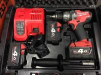Milwaukee m18 cpd combi drill 18v lithium ion 3x 4.0ah
