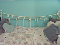 White Single Day Bed + Free Mattress