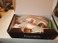 Footjoy Golf shoes worn for 9 holes , too big. brand new as only worn for approximately 2 hours