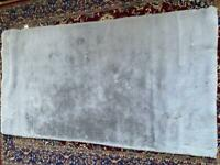 fox ivy rug brand new without tag