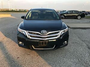 2014 Toyota Venza Limited AWD  dual panel moonroof Navigation Windsor Region Ontario image 2