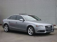 2011 Audi A4 2.0T QUATTRO / 6-SPEED / LEATHER / SUNROOF