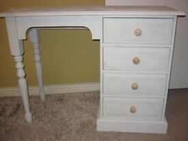 Chest of drawers/desk top