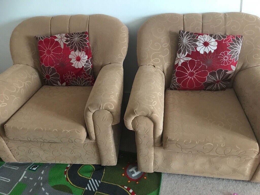 Sofa set + Oak Table for quicksale!