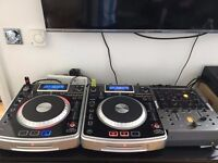 Numark NDX800 (Pair) and Numark X6 Mixer, includes Wires and Bag
