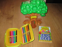 MOSHI MONSTER TREE HOUSE BUNDLE - BRAND NEW BOOK - BRILLIANT £23 Amazon tree house alone NOW ONLY £8